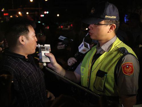 飲酒運転累犯や性犯罪者に「むち打ち刑」を  市民の発議、採用されず/台湾
