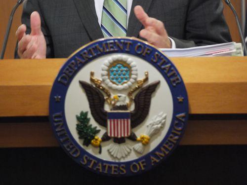 中国大陸の航空路使用開始  米国務省「一方的な行動に反対する」/台湾