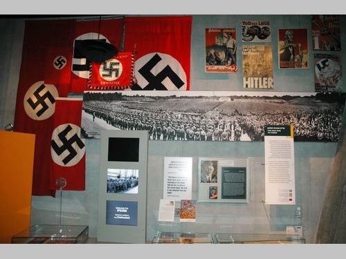 資料写真=イスラエル・エルサレムにあるホロコースト博物館の展示物
