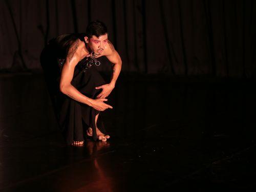 先日行われたソロダンスのリハーサルの様子=世紀当代舞団提供
