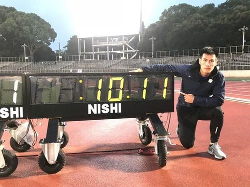 台湾新記録となる10秒11で優勝した楊俊瀚=中華民国陸上協会提供
