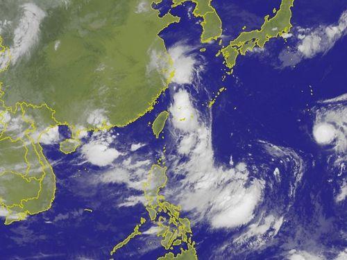 台湾付近の雲の様子=中央気象局提供
