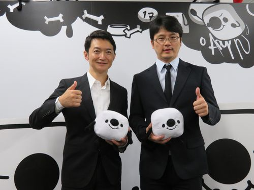 17メディアジャパン代表取締役の小野裕史氏(左)