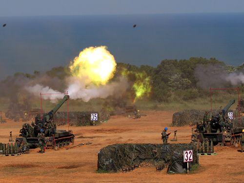 中国軍の侵攻を想定した「漢光演習」の様子=2015年9月台湾・新竹で撮影