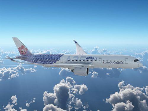チャイナエアラインが導入するエアバス社との合同塗装機=チャイナエアライン提供