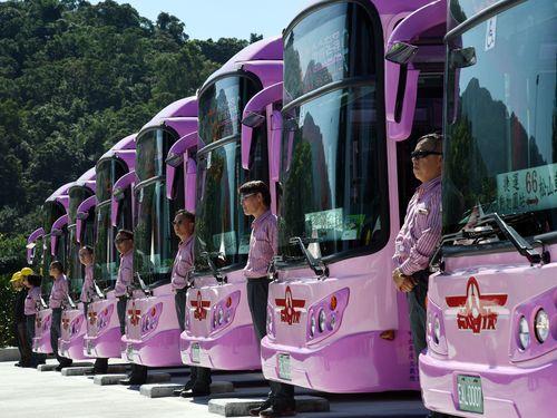 29日運行を始めた台北市初の電動バス路線