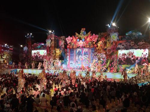 台中花博の賑やかな開幕式