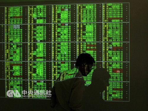 米アップル株の急落を受け、一時200ポイント超下落した台湾株式市場