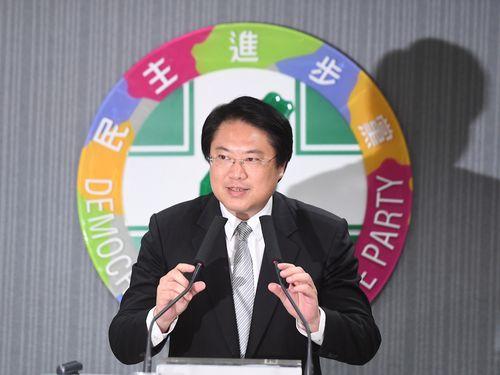民進党の代理主席に選出される林右昌基隆市長