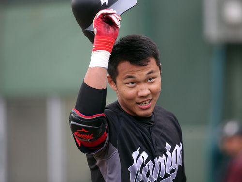 王柏融外野手