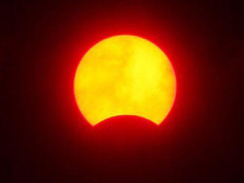 2016年3月9日に台湾で観測された部分日食