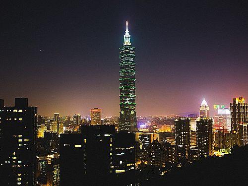 台北の夜景=ピクサベイから