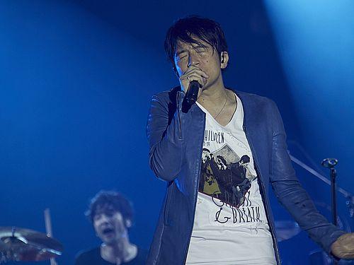 台湾公演で熱唱するミスターチルドレンの桜井和寿=(C)osami yabuta提供