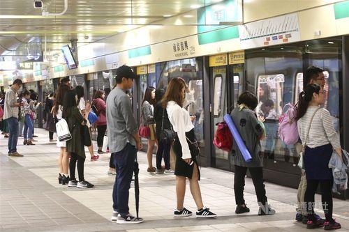 間もなく累計利用者数100億人を突破する台北メトロ