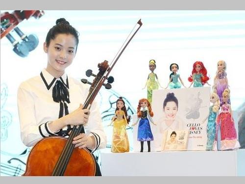 チェリストや女優として活躍するナナ(欧陽娜娜)さん