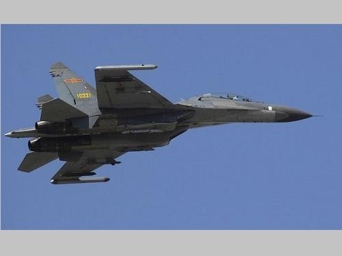 中国軍の戦闘機「殲11」