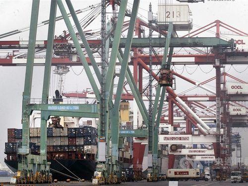 台湾3月の輸出、前年比4.4%減  5カ月連続マイナス