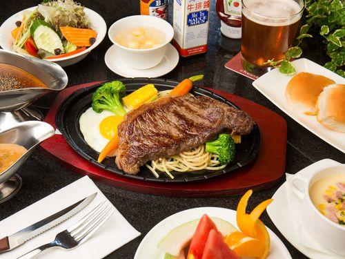 観光ホテルでも台湾の庶民の味が楽しめる=業者提供
