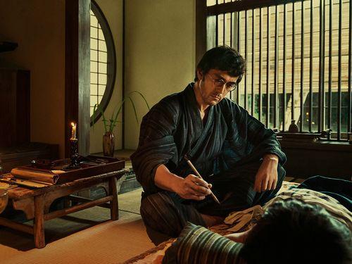 「夕霧花園」で庭師を演じる阿部寛=「2019台北金馬映画祭」実行委員会提供
