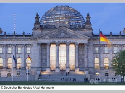 ドイツ議会=Deutscher Bundestag/Axel Hartmann提供
