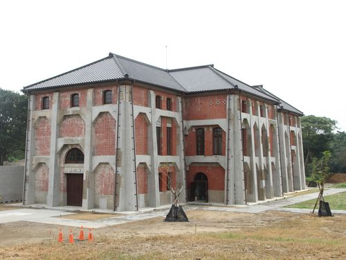 旧台南水道の敷地内にある建物