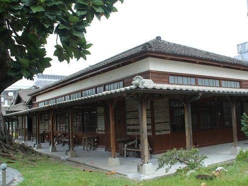 花蓮鉄道文化園区内の中山堂