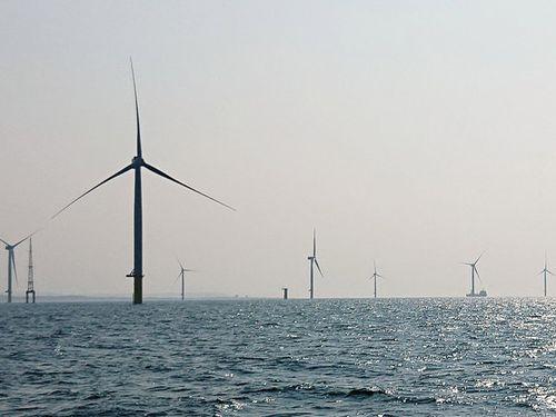 年末に営業運転開始する予定の台湾初の商用洋上風力発電所