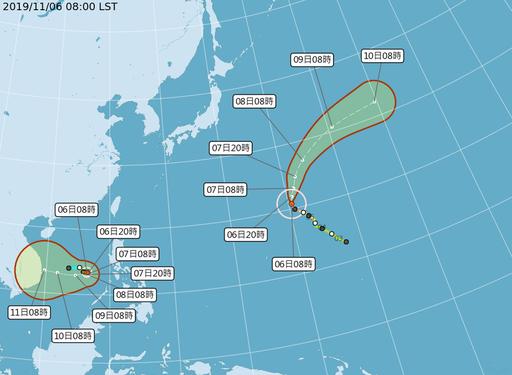 台風24号(左)と同23号の予想進路=中央気象局提供