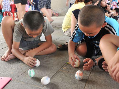 台湾の子どもたち、端午節の楽しみはコレ!