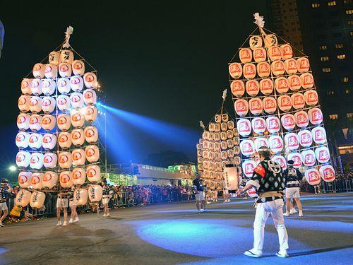 南部・高雄ランタンフェス、秋田県の竿燈も
