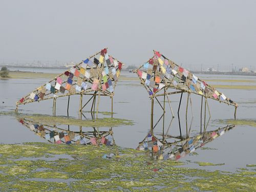 湿地帯のアートイベント 環境意識を喚起