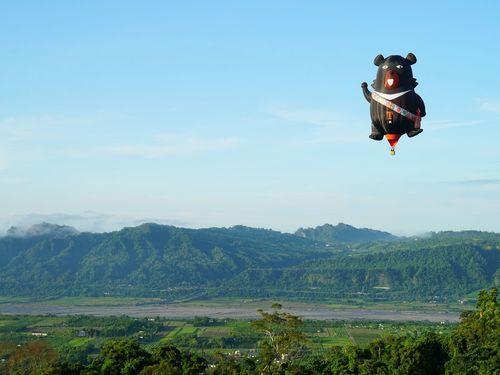 観光局のマスコット、オーションのバルーン 熱気球フェスを盛り上げる
