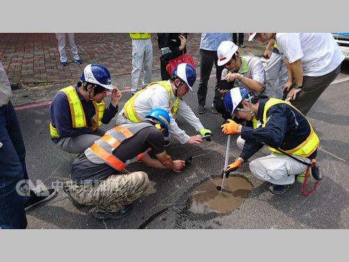 台湾へのお礼に道路の健康診断を申し出た日本の技術チーム、高雄で活躍