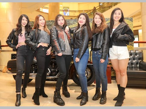 国際女性デー 台北101で開かれたバイクイベントも呼応