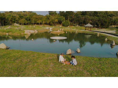 八田与一記念園区に日本風庭園 古琴の音色響く