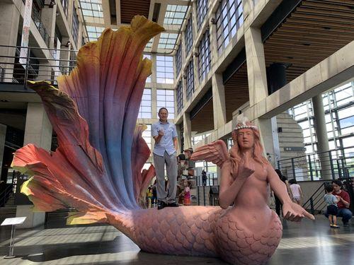 鶯歌陶瓷博物館の芸術フェス 注目の的は4メートルの巨大人魚
