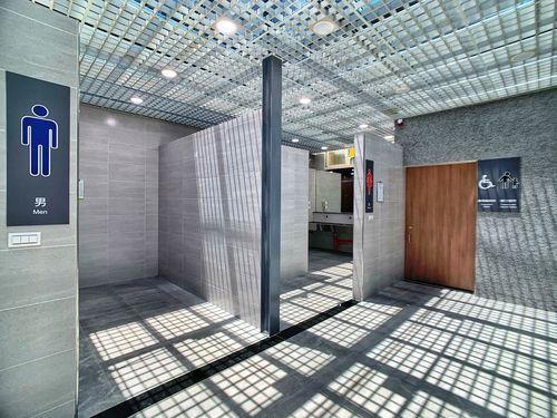 新竹駅のトイレ、リフォームで一変