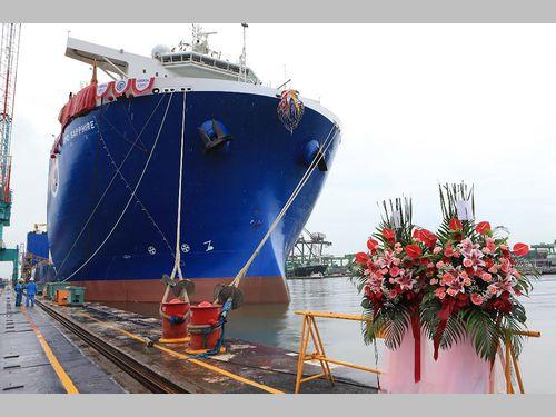 台湾製のハイスペックな重量物運搬船 ナショナルジオグラフィックも注目