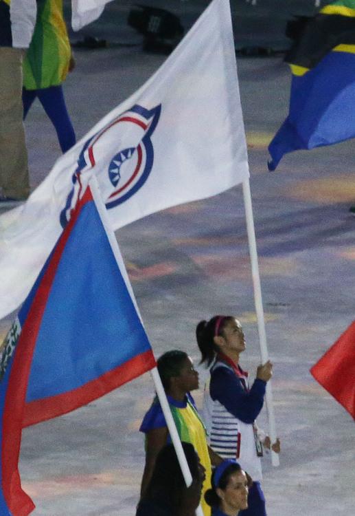 里約奧運閉幕式 許淑淨掌旗進場(2)
