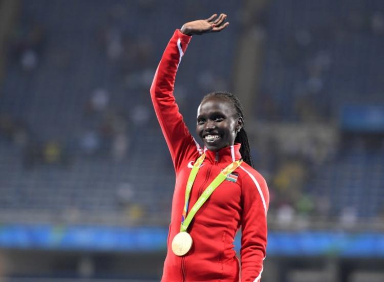 女子5千公尺 肯亞女將包辦金銀