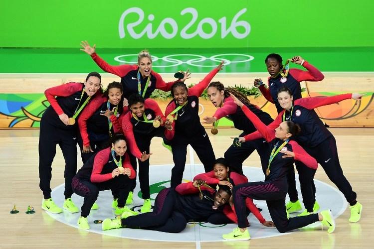 里約奧運女籃賽  美國隊全勝摘金