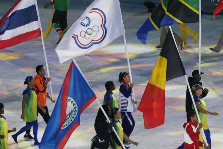 奧運閉幕式 許淑淨掌旗深感榮耀
