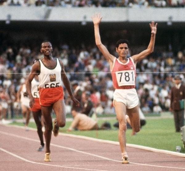 肯亞中距離賽跑選手基普凱諾