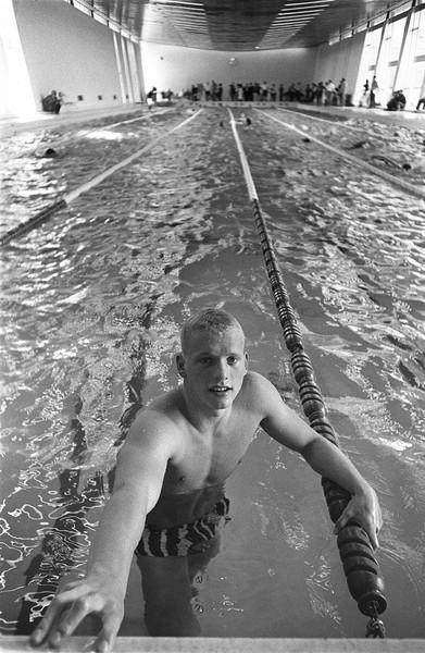 美國泳池藍眼天使斯柯蘭德