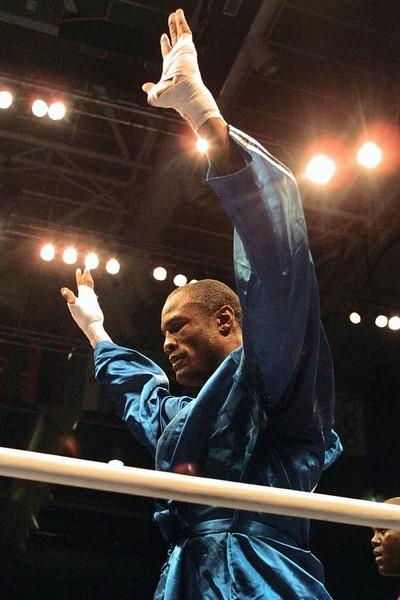 奧運三連霸重量級拳王薩翁