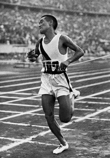 奧運馬拉松奪金亞裔第一人孫基禎