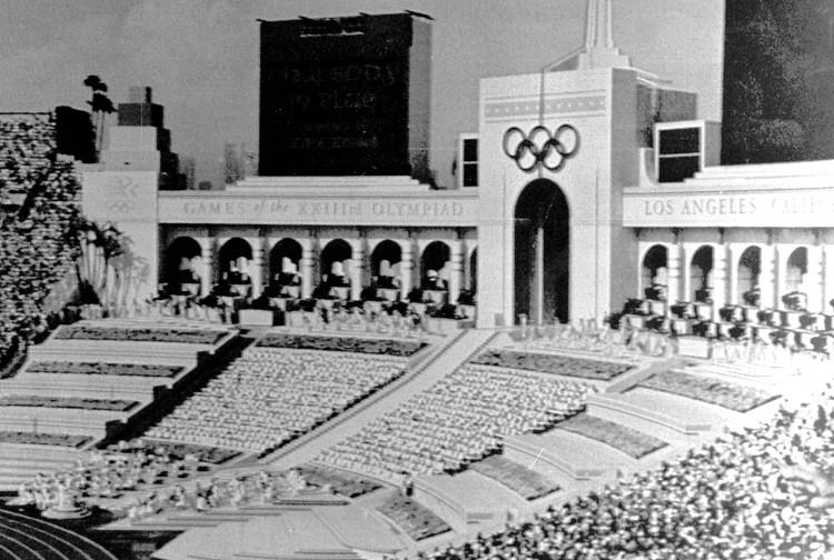 1984年第二十三屆洛杉磯奧運 Los Angeles (美國 洛杉磯):首開民間籌款舉辦先例 台灣恢復會籍中華台北名義參賽