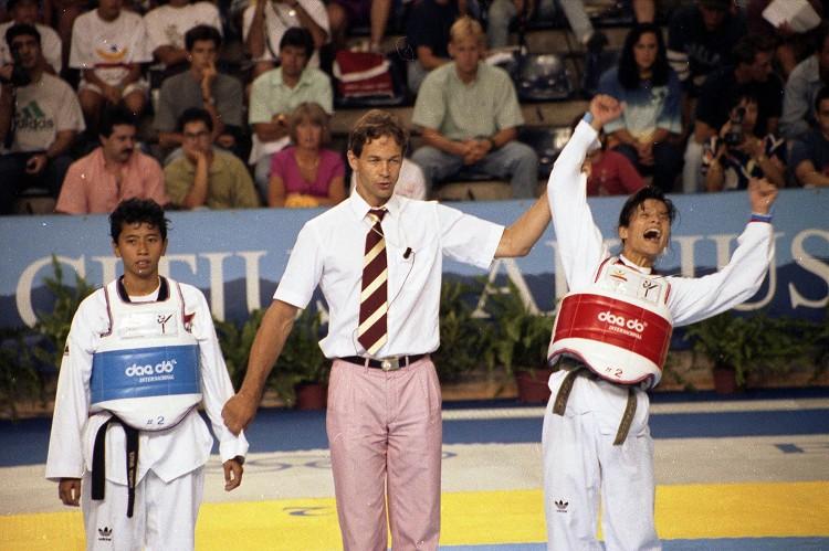 1992年第二十五屆巴塞隆納奧運 Barcelona (西班牙 巴塞隆納):169會員國全部參賽  棒球列正式比賽項目 中華隊勇奪銀牌