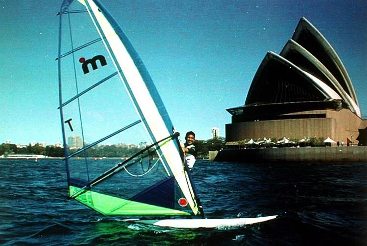 2000年第二十七屆雪梨奧運 Sydney  (澳洲 雪梨):千禧年綠色環保立典範 中華大放異彩奪一銀四銅