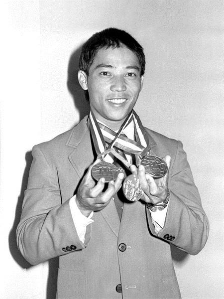 洛杉磯奧運蔡溫義一舉奪銅 開創台灣舉重運動盛世